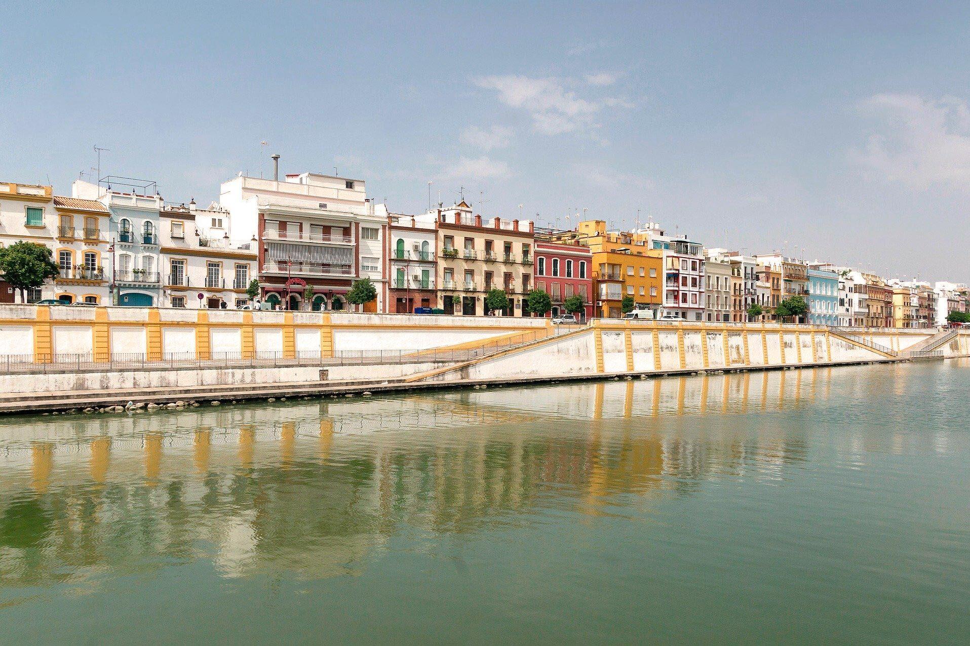 Calle Betis - Sevilla