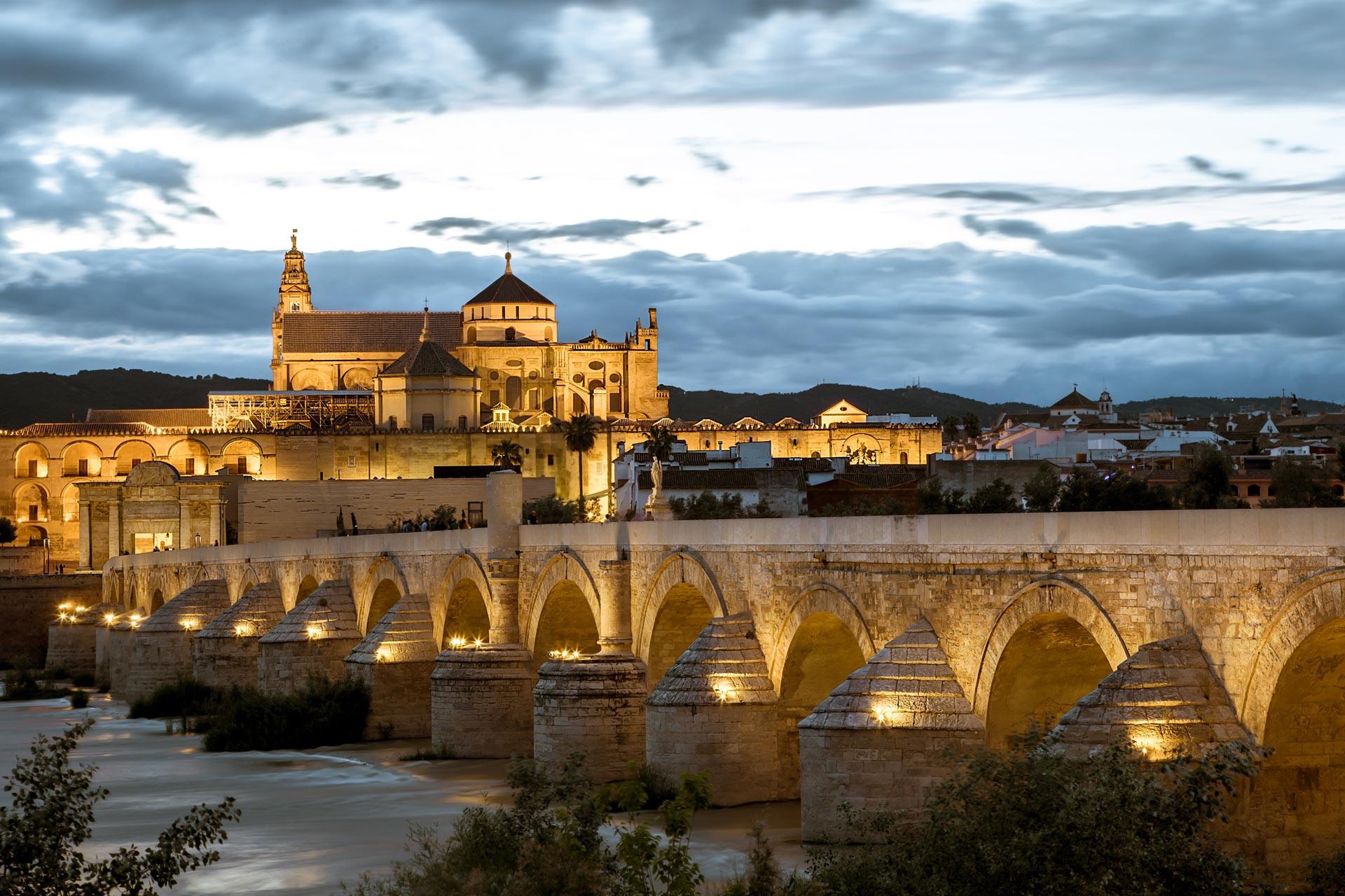Puente Romano y Mezquita de Córdoba